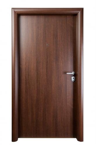 Блиндирана врата с основно скрито и допълнително механично заключване iDoor 2.0
