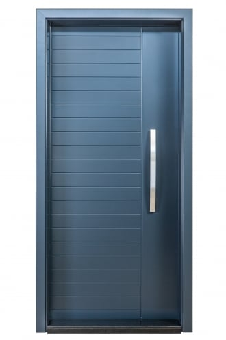 Блиндирана врата с основно скрито и допълнително механично заключване iDoor 3.0 в син цвят и фрезовка