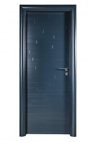 Интериорна врата Art line с полипропиленива боя с фрезовка