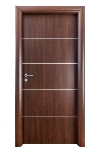 Интериорна врата Art line с дървесен декор Тъмен дъб с лайсни