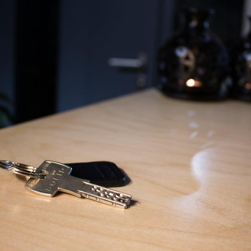 ключ за патрон Сатурн с ключодържател
